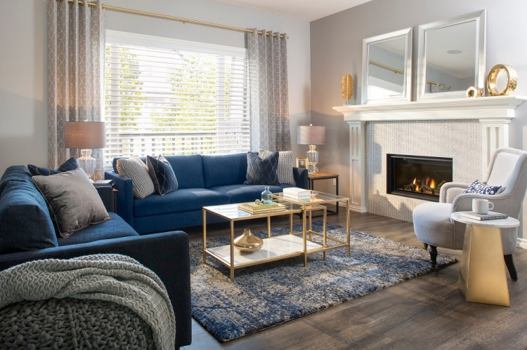 blue-and-gold-living-room